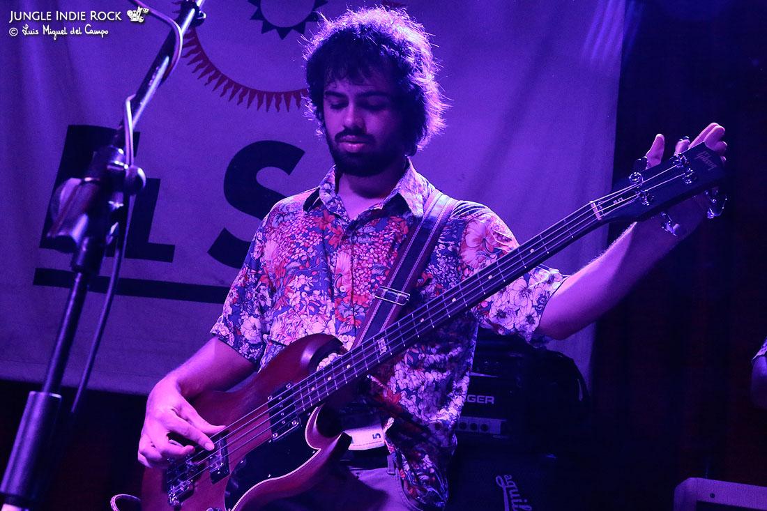 Raphael Vaz. Boogarins crónica en la sala El Sol